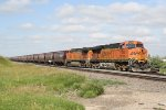 BNSF 7635 Drags a Unit Grain Train