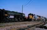 CSX 8509 meets UP 3985 as CRR 676