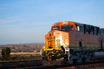 Head Shot of BNSF 6833 and the Setting Sun Glistens Off Her BNSF/GE Swoosh Logo Paint Job!!!