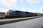 CSX 4822 Heads up an Autorack Train