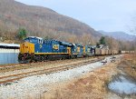 CSX 957 leads empties north