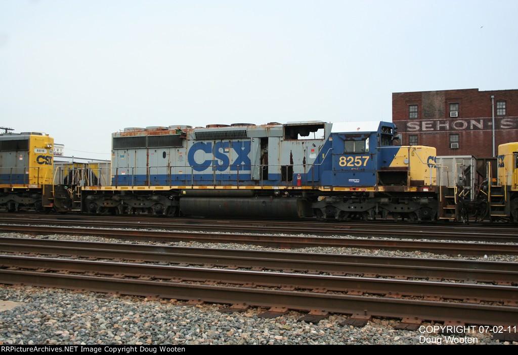 CSXT 8257