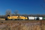 UPY 546 - 612, EMD GP15-1, ex CNW 4401, ex MP 1612, Westbound on the UPRR