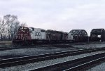 SOO 764, HLCX 5023, and SOO 740