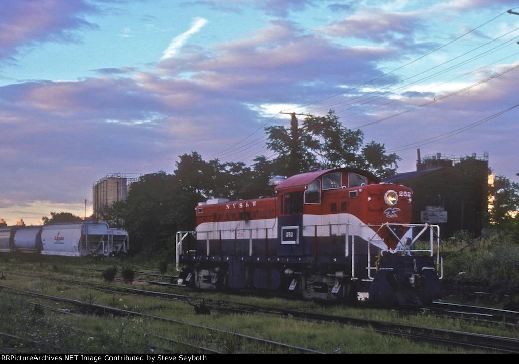 NYSW 252 RS1 2nd Bi-Centennial scheme
