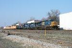 CSX 593 on Q-417