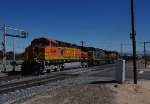 BNSF 4346 heads out of Mojave towards Tehachapi and the Loop