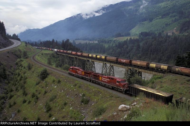 CP 9627 W/B Sulfur Train