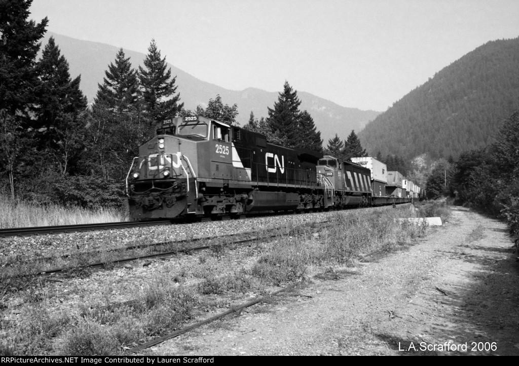 CN 2525 West