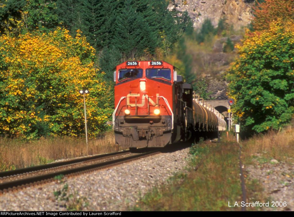 CN 2656 West