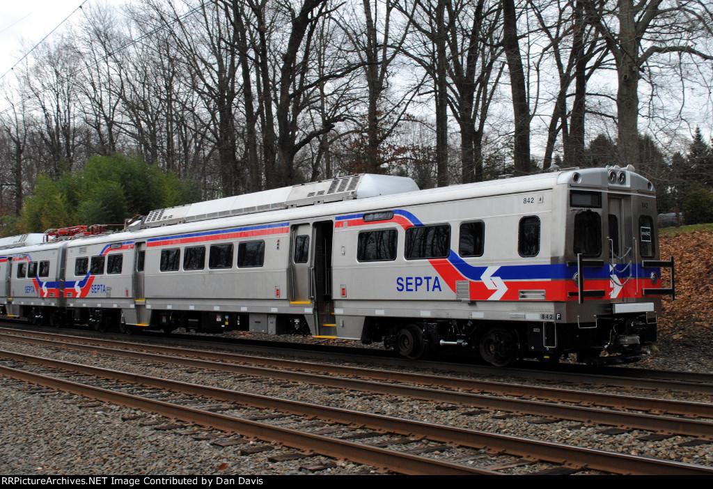 SEPTA Silverliner V 842 on C770-27