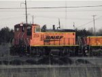 BNSF MP15 3704