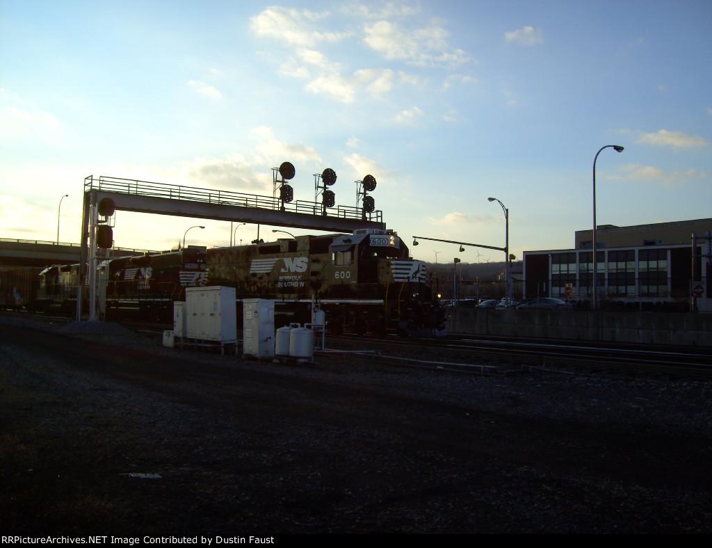 NS 600 on CB10