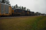 CSX 3052 & 723