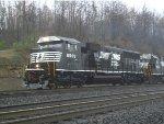 NS 6905 SD60E on 11A