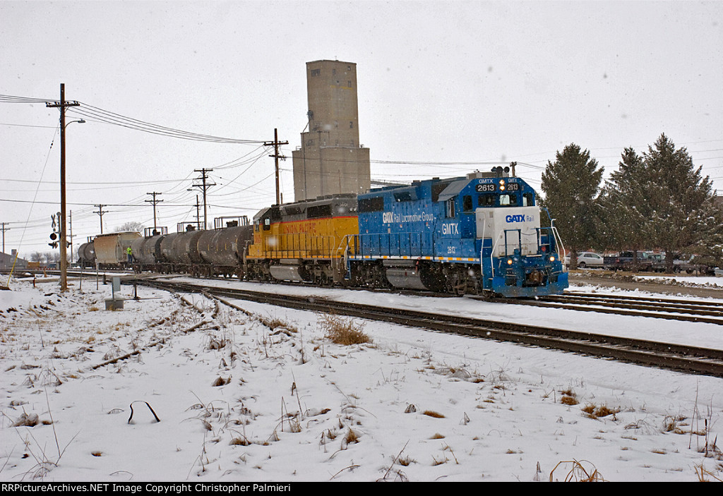 GMTX 2613 and UP 3601