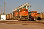 BNSF 9215 and BNSF 6383