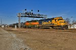 BNSF 2770 and BNSF 3030 Lead the Havelock Zephyr
