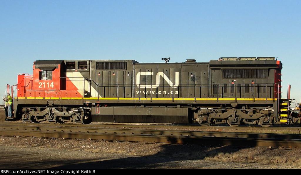 CN 2114