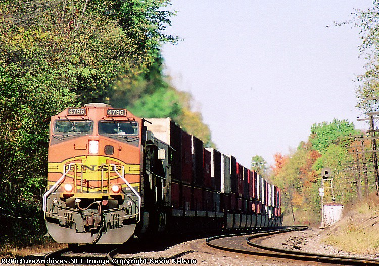 BNSF 4796 CW44-9