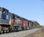 MEC 371 & MEC 619 on CSX Q300