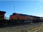 BNSF ES44DC 7565
