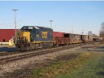 CSX 6364 heads east with Y106-04