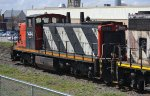 CN 1444