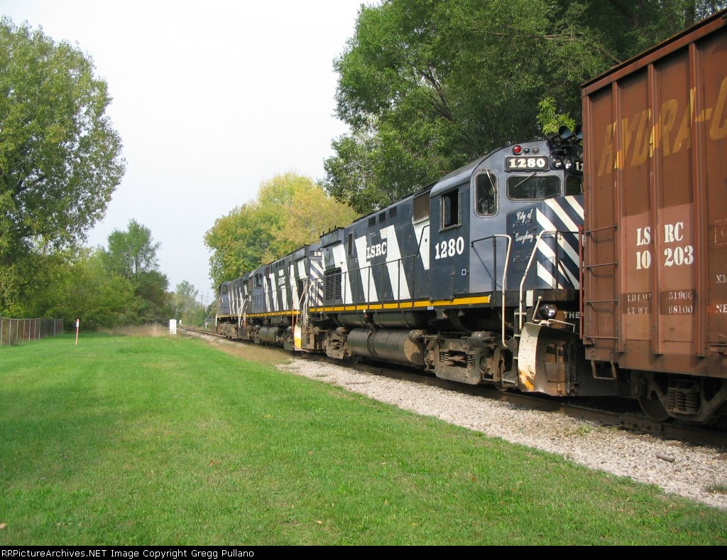 LSRC 1280 follows 181 and 3504 north