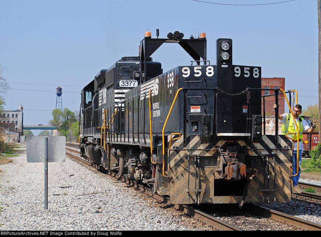 NS 958