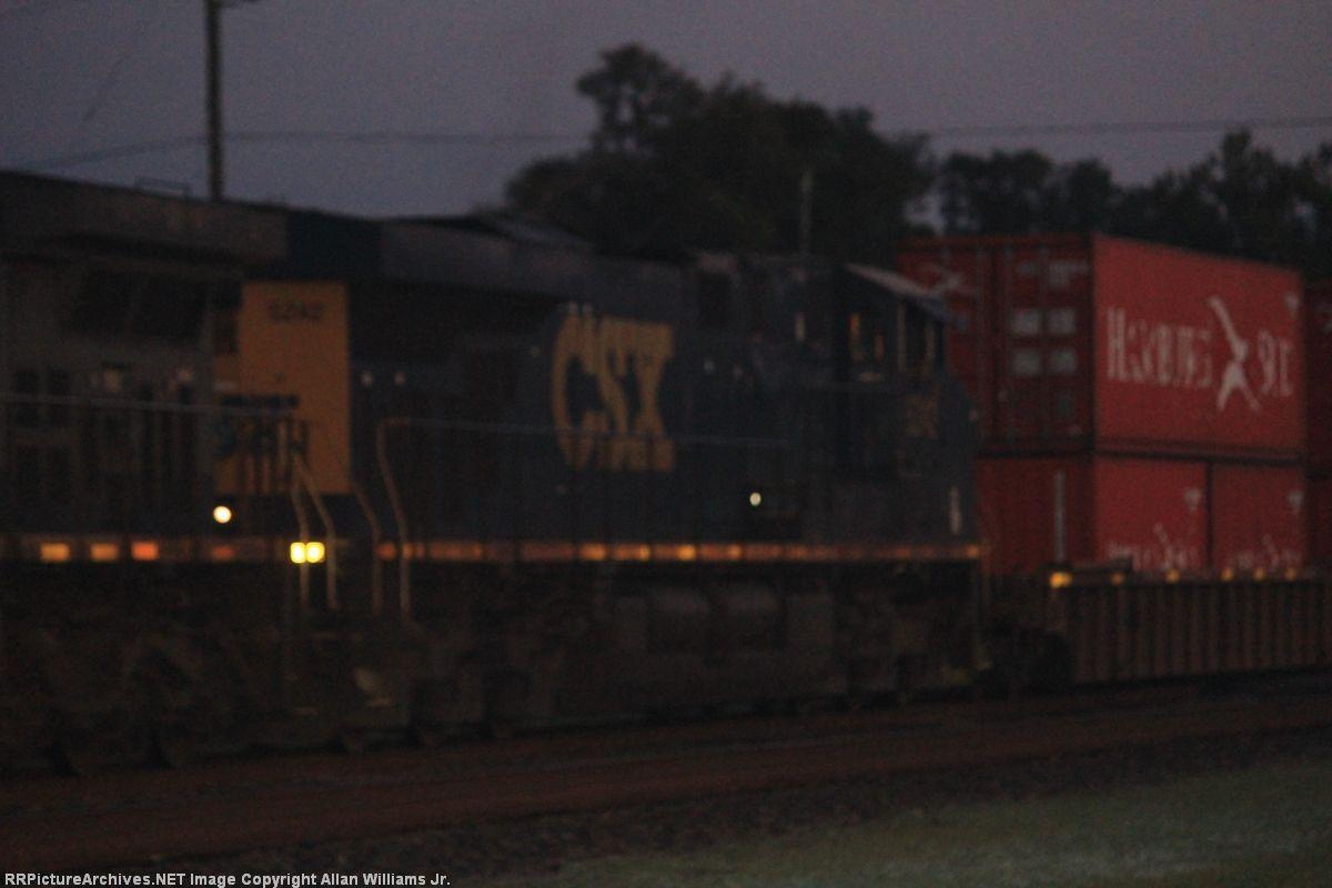 CSX 5242