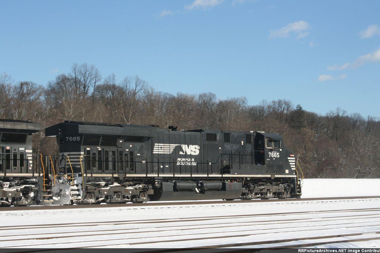 NS 7665