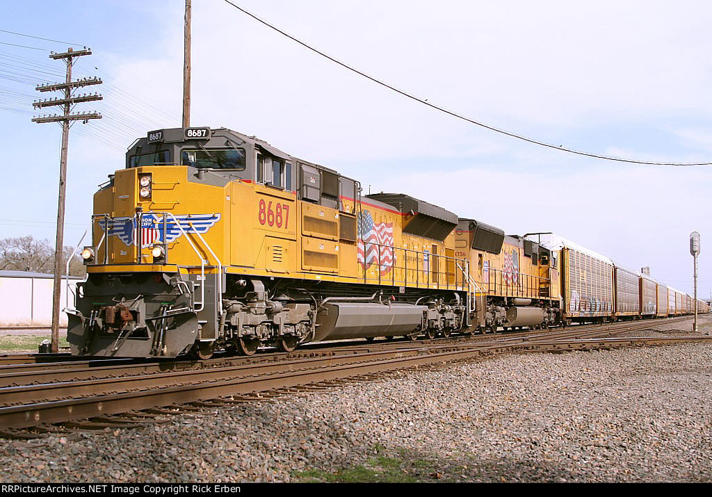 Two views of UP 8687 West-II