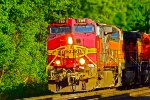 BNSF Warbonnet on the move