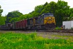 CSX 452 and 4012 lead a westbound General Merchandise freight