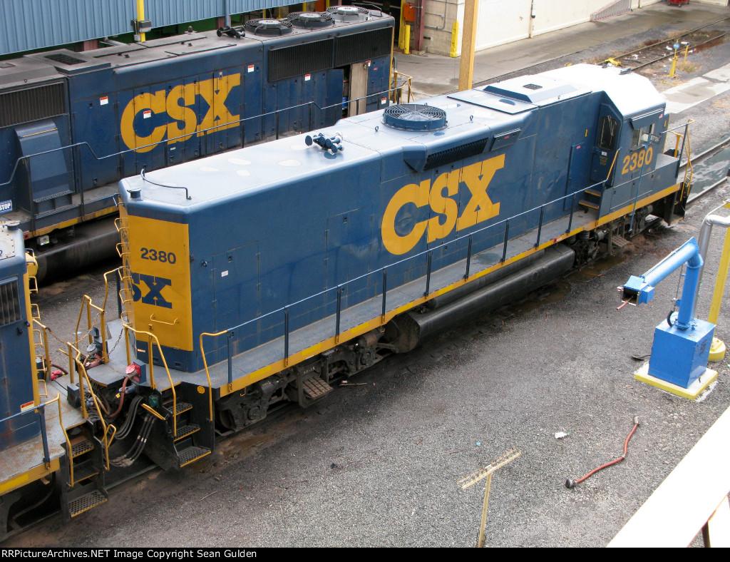 CSXT EMD Road Slug 2380