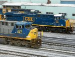CSXT GE AC4400CW 379 & GE ES44AC 991