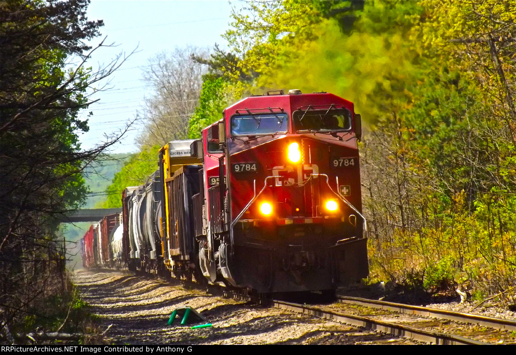 CP train 253 Northbound