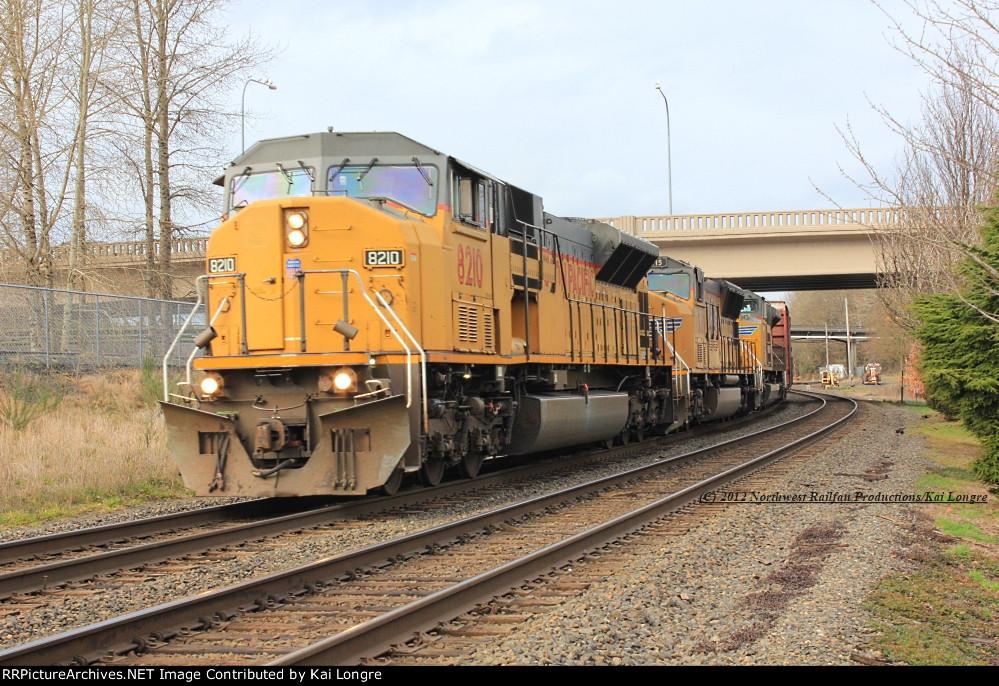 UP 8210 at Kelso, WA