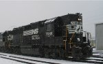 NS 7055 trudges through Glenwood Yard in a rare snow storm