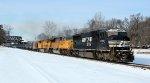 Ethanol train 68Q Rolls East on NS LEHL @ 1108 hrs