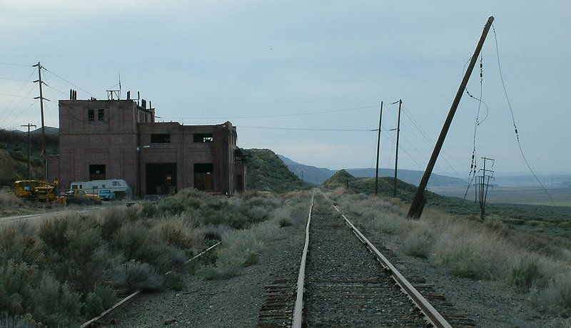 Dead MILW trackage and substation for electrification