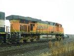 BNSF ES44AC 6233