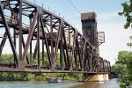 Milwaukee Road lift bridge