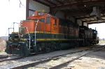 ex BNSF 3821 and sister unit 4331 work the Bartlett Grain Elevator