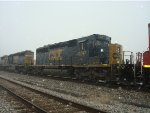 CSX 4017 4th unit