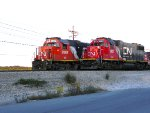 IC 9567(GP38-2) AND GTW 5821 (GP38-2)