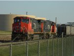 CN 2568(C44-9W) AND 5321(SD40-2W)