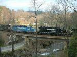 GP38-2 and SD40-2 on train 166