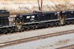 NS 853
